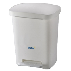 This is an image of 30L White Pedal Bin with easy to use foot pedal. Hygienic no touch design from ABL Distribution Pty Ltd